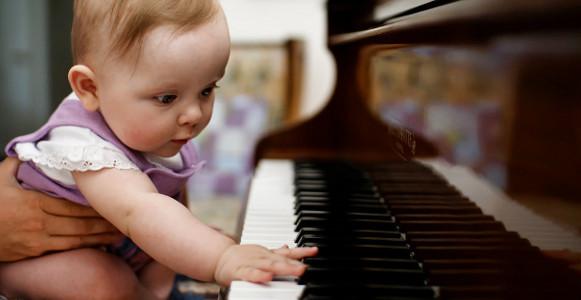 Âm nhạc giúp trẻ phát triển trí thông minh