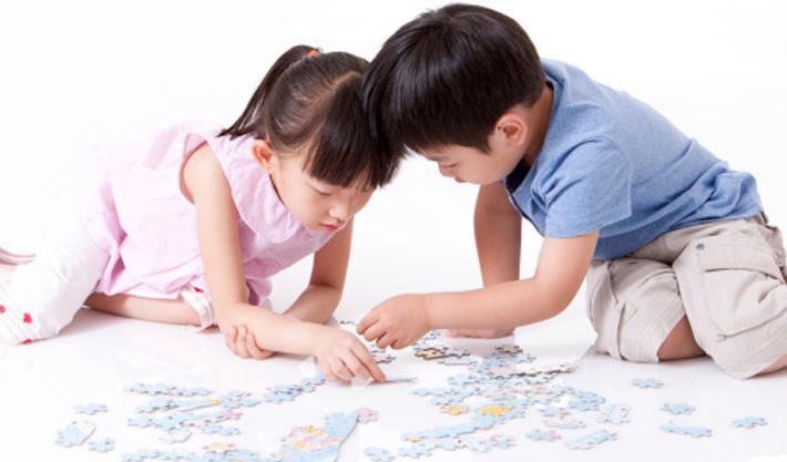 Sớm phát triển năng lực sáng tạo cho con